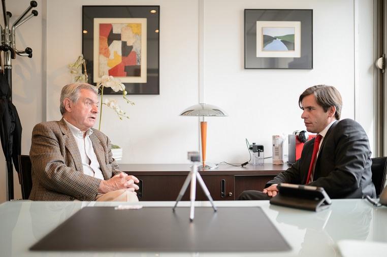 Stéphane Jacquemet et Bernard Esambert lors de l'enregistrement de l'émission Réflexions partagées- © Collection privée – Photographe : Bernard Lachaud - DR.