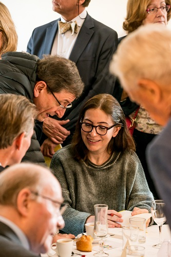 Au centre assise : Anne Goscinny - Débat « A la mémoire de nos mères » - 10 mars 2017 – Rotary Levallois - © Collection privée - Photographe : Edouard Meyer - Deyer Studio - DR.